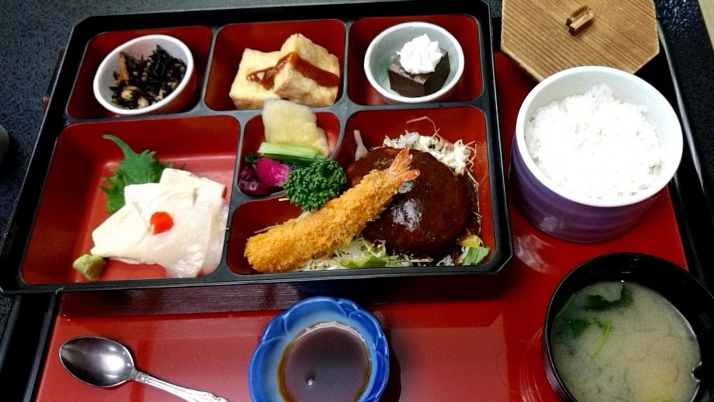 豆腐ハンバーグ定食